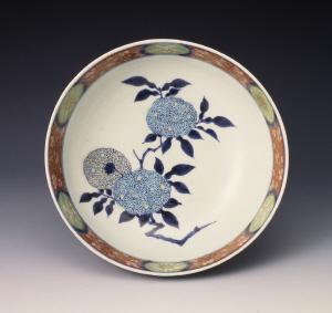 《色絵紫陽花唐花文鉢》 江戸時代 1670-1720 磁器