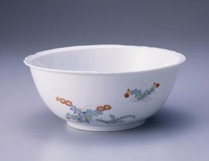 《色絵菊鹿文鉢》 江戸時代 1670-1690 磁器